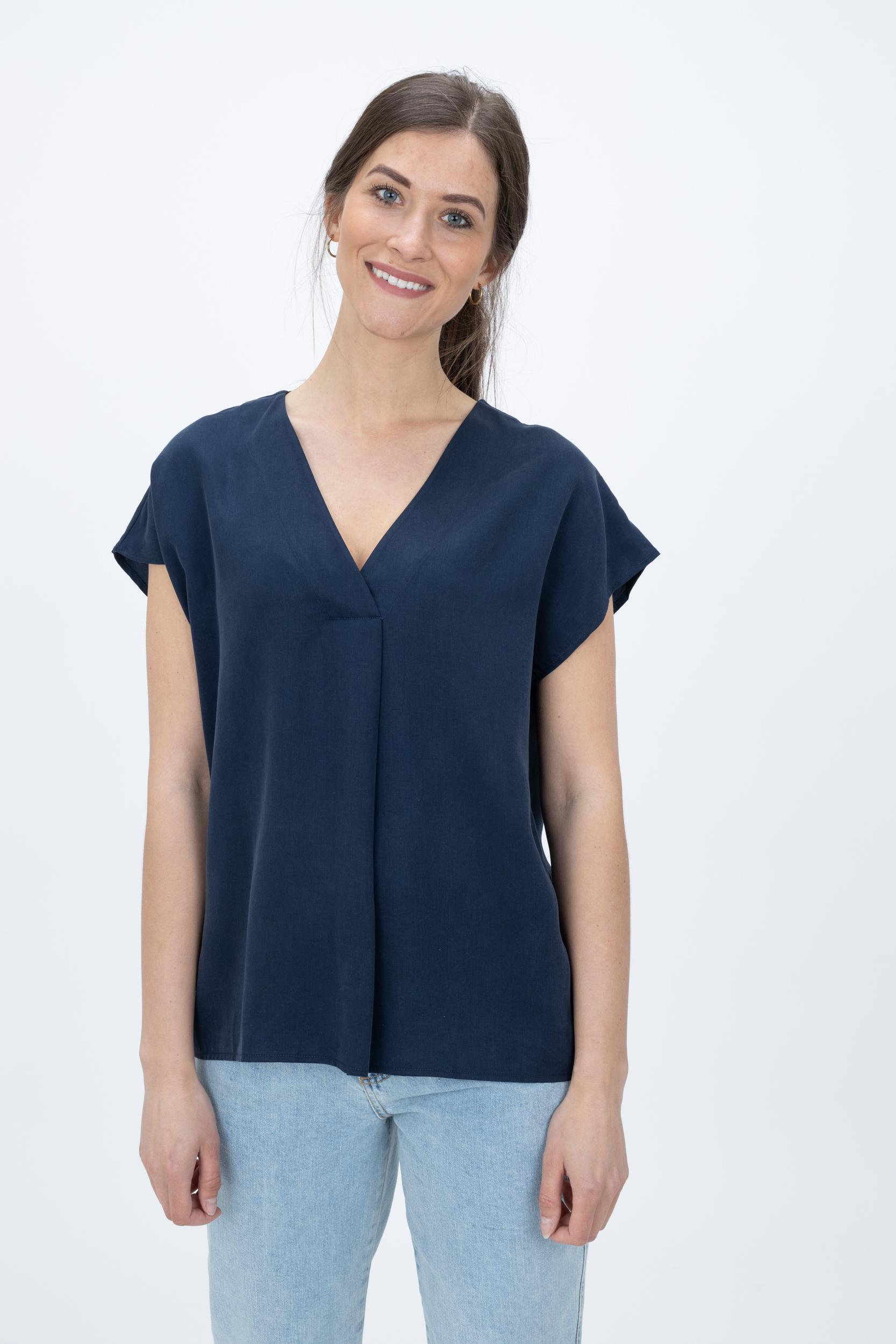 T-Shirt Basic mit V-Neck