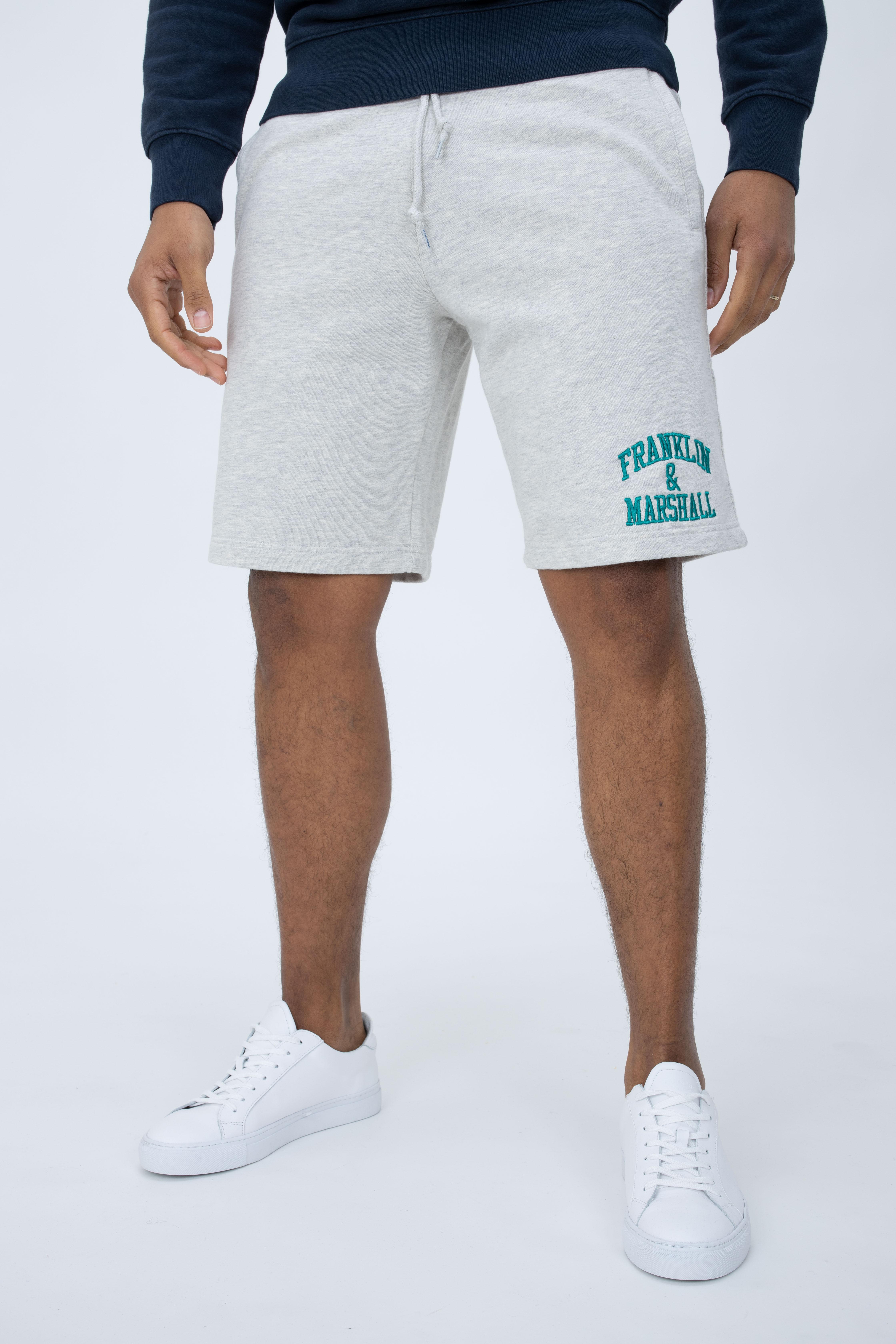 Shorts mit Logo-Stickerei