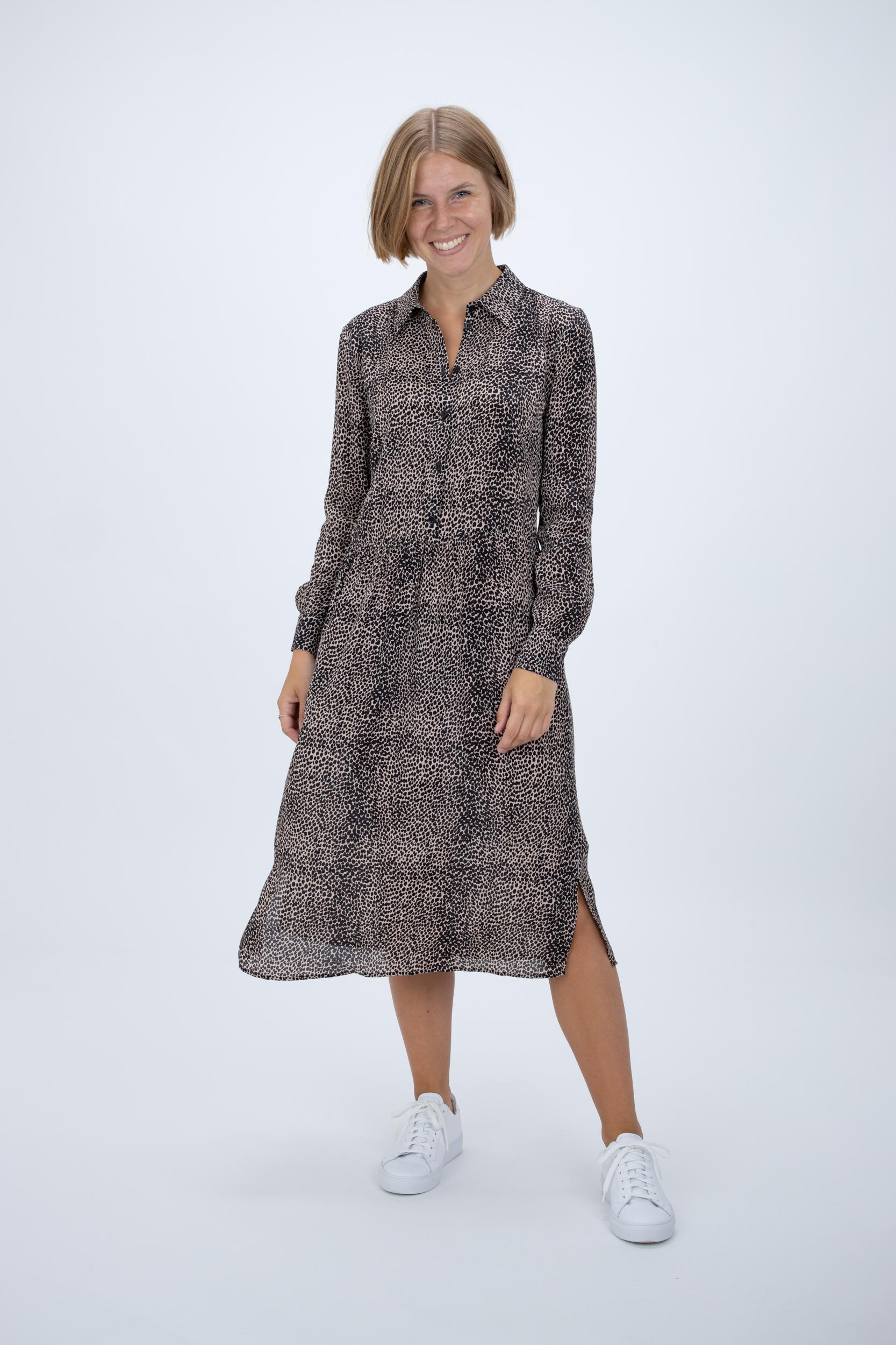 Kleid mit Essential Leo-Print
