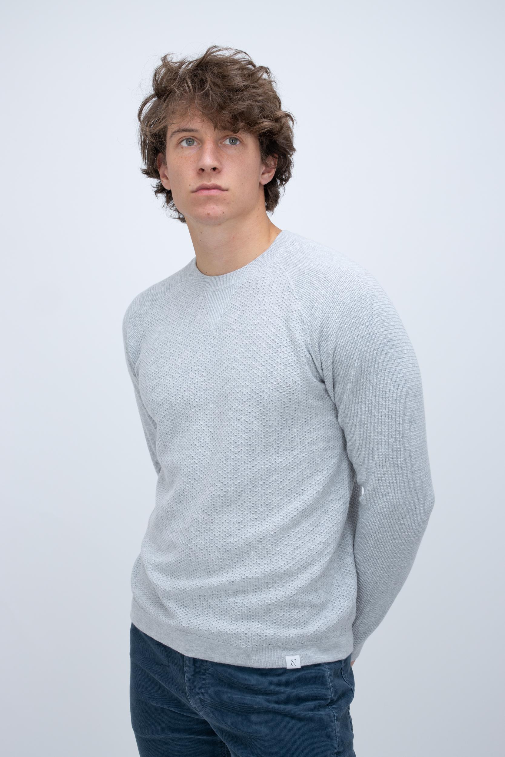 Pullover mit Feinem Muster