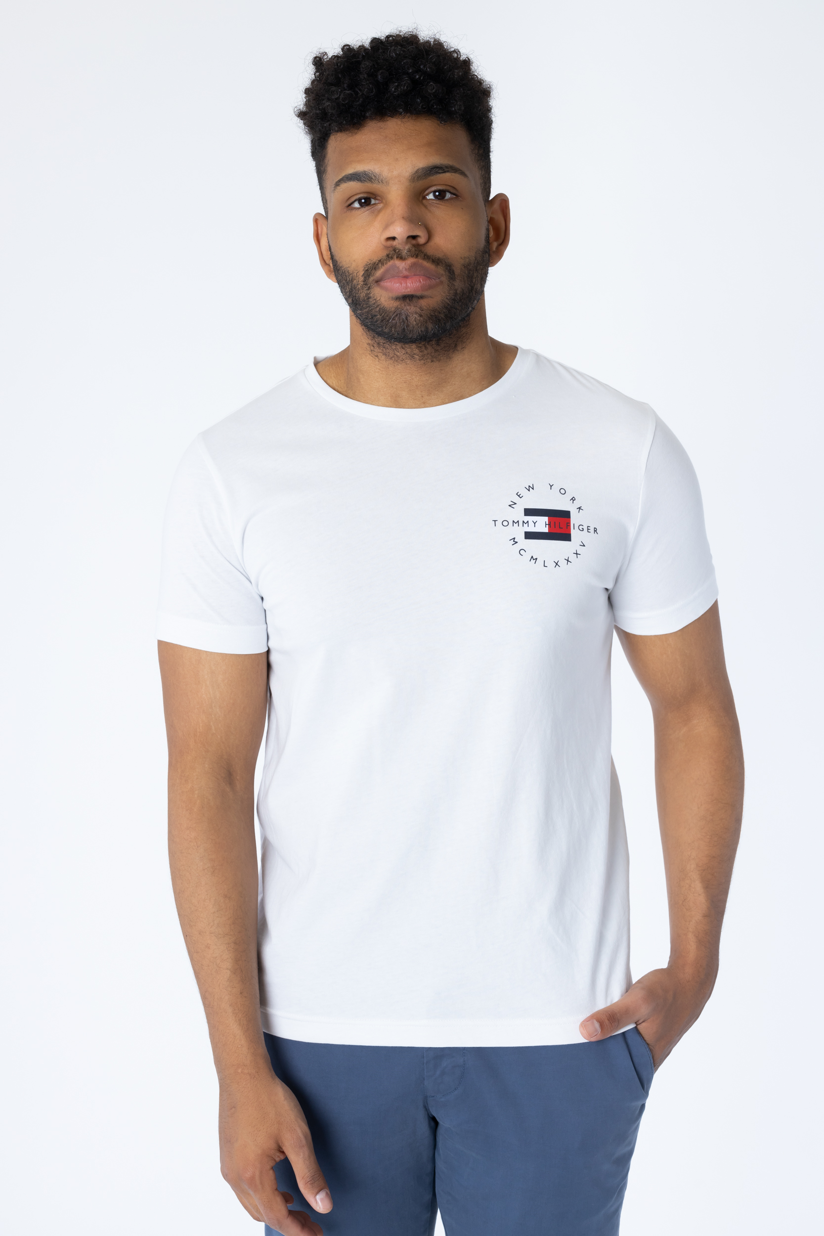 T-Shirt Circle Chest Corp