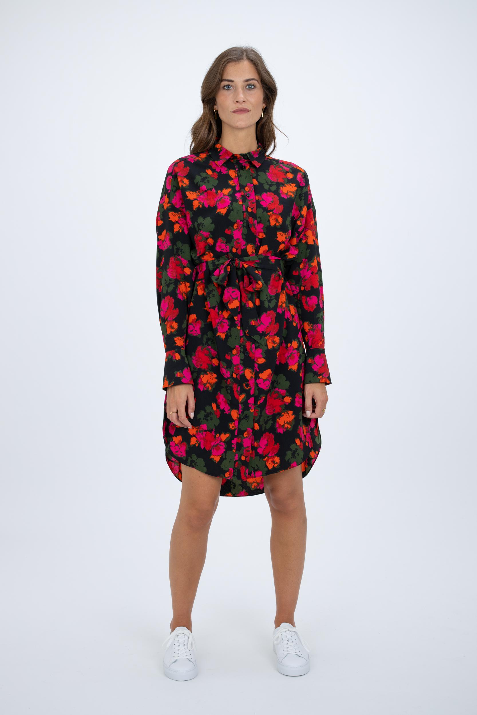 Kleid Wired