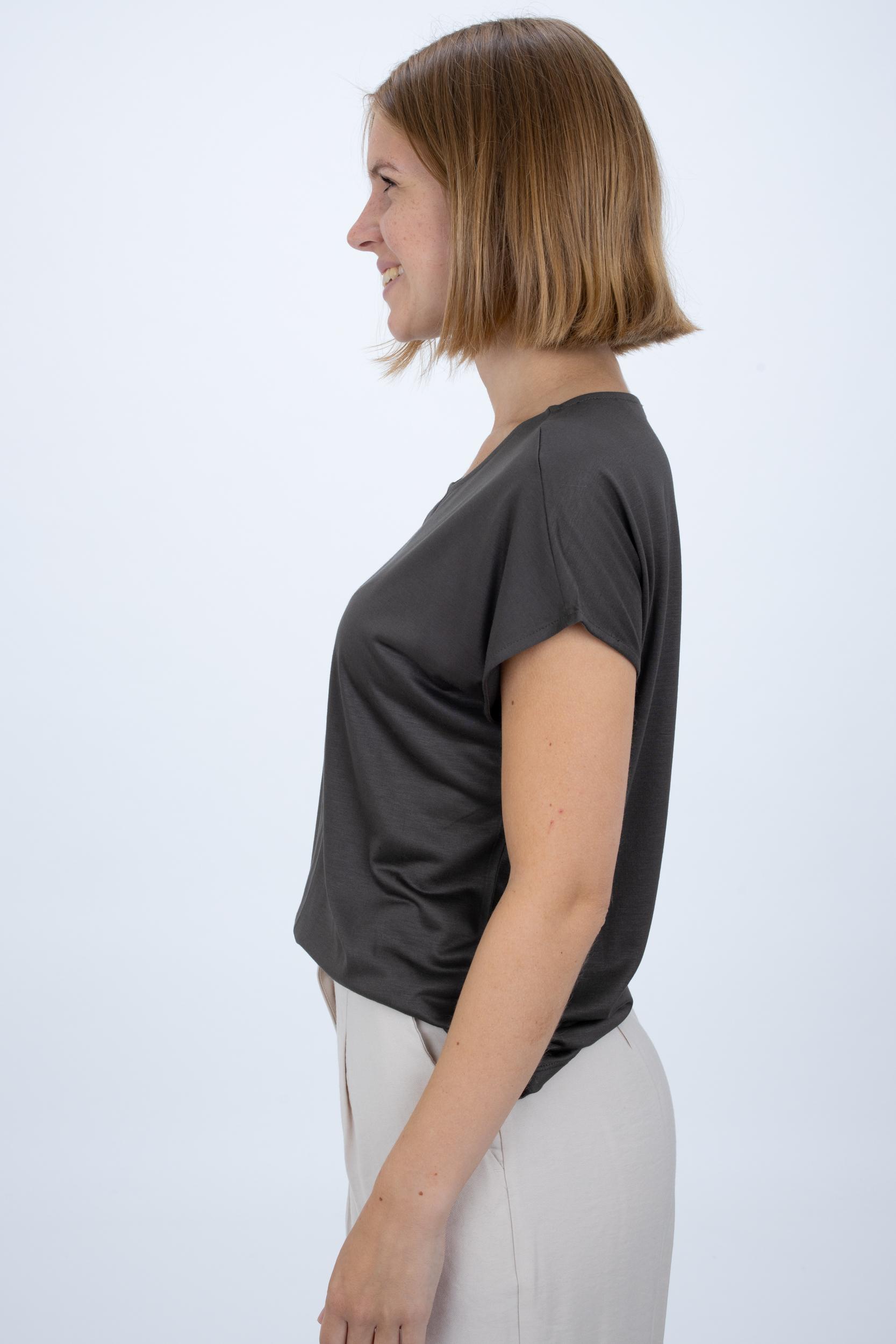 Shirt Kusana