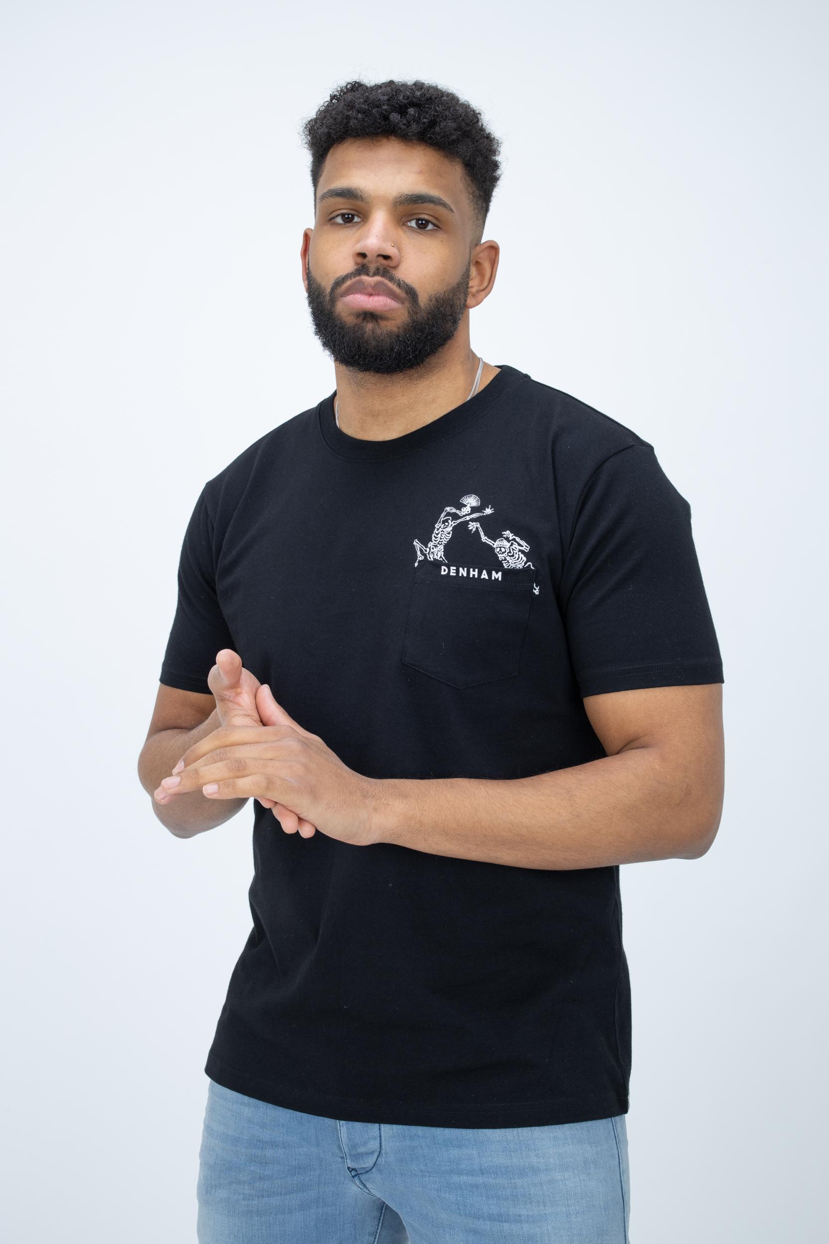 T-Shirt Friday Tee