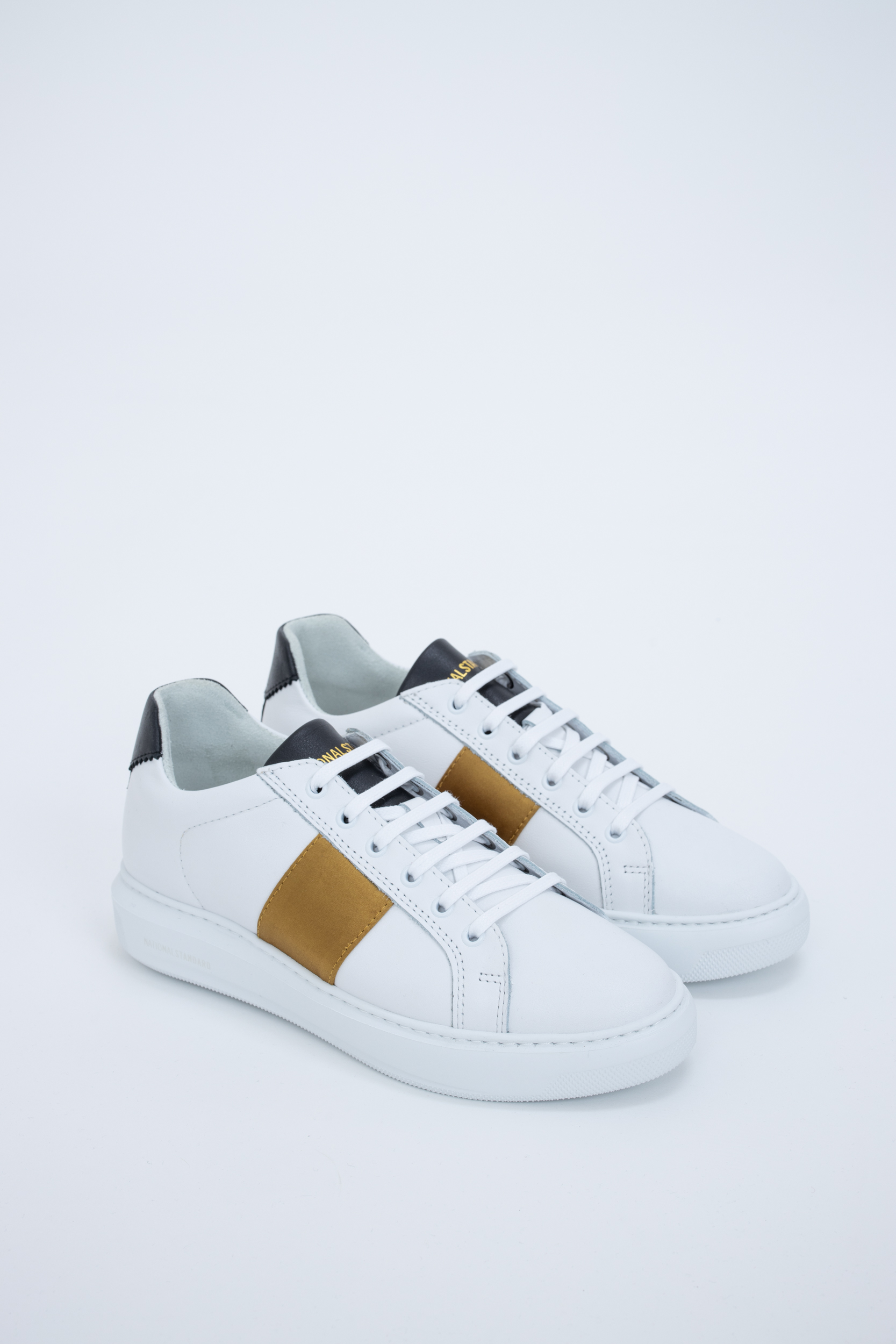Sneaker Gold Satin